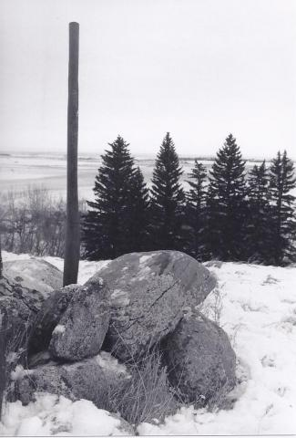 Flagpole at the Kessel farm, 2006. Merle Massie collection