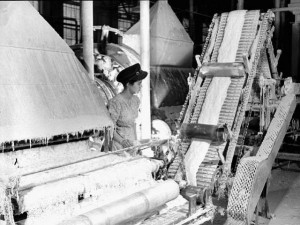 Asbestos worker in Johns-Manville Factory in Quebec, 1944. Source: Library and Archives Canada, WRM 4713