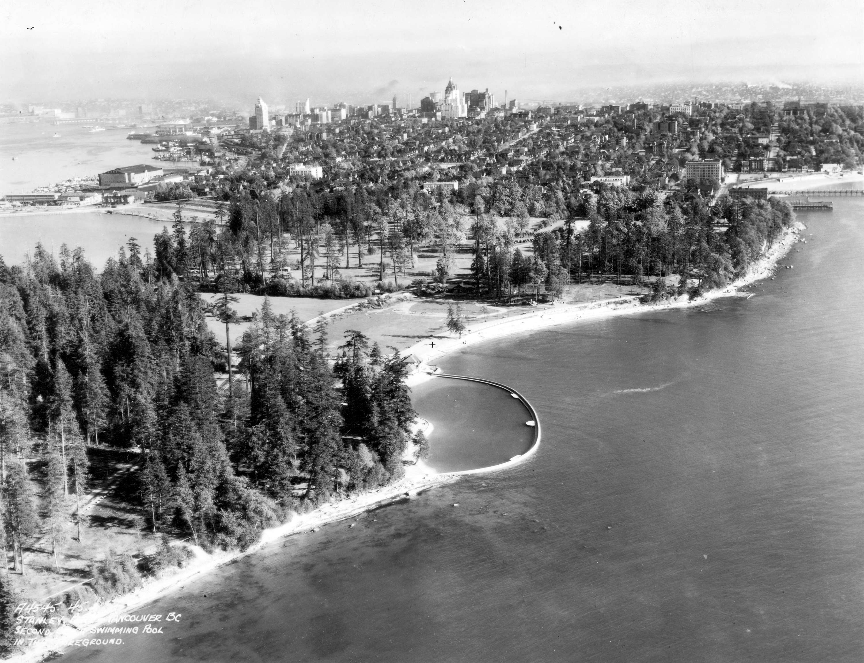 Aerial photo of Second Beach, 1930s. Source: City of Vancouver Archives, AM54-S4-: Air P104.