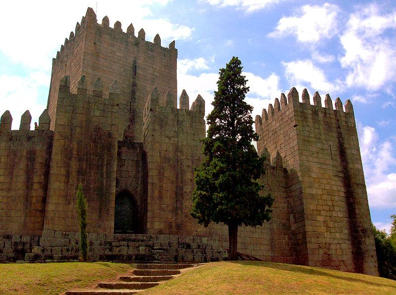 Castelo de Guimarães, Portugal. Photo: Wikipedia
