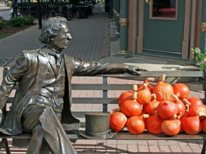 Sir John A Macdonald, Charlottetown. Photo: Canada Alive