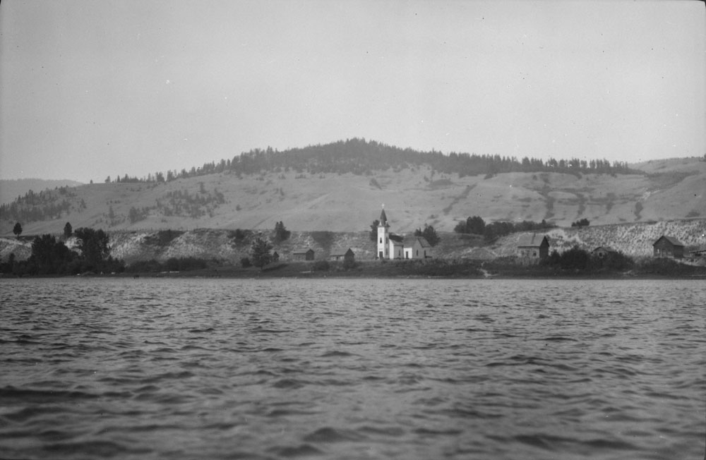 Indian Village below Shuswap, 1911. Source: Library and Archives Canada