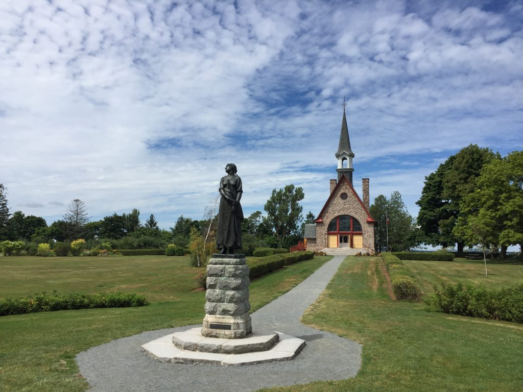 Memorial Chapel and Evangeline at Grand Pré
