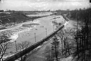 """Don flood, south from Bloor Viaduct"" 1918. Source: City of Toronto Archives, Fonds 1231, Item 33"