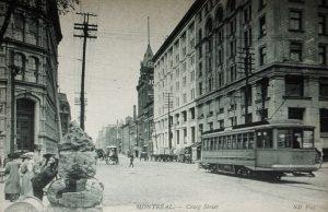 Montréal, 1900-1905. Rue Craig >Est, depuis rue McGill, BANQ Carte Postale, Photo: Flickr