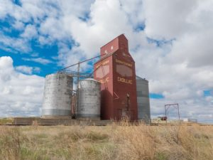 Grain elevator in Cadillac, SK. No longer a registered delivery point.   source: Off the Beaten Path – with Chris & Connie – BIGDoer.com http://www.bigdoer.com/15824/exploring-history/prairie-sentinels-cadillac-saskatchewan/
