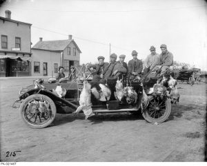 """""""Gladstone, Manitoba hunters returning from the field."""" n.d. Courtesy of LAC. PA 021467."""