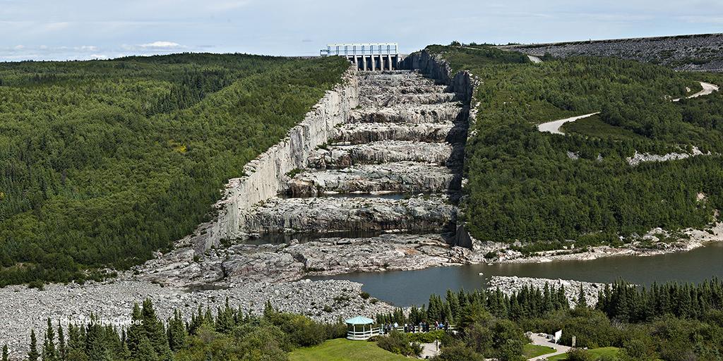 Giant's Staircase Spillway, Robert-Bourassa Reservoir